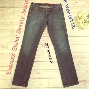 Express 'Stella' Medium Wash Skinny Jeans SZ 4R